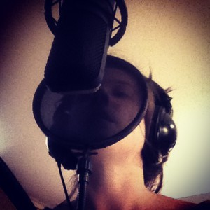 Lenne at the mic.