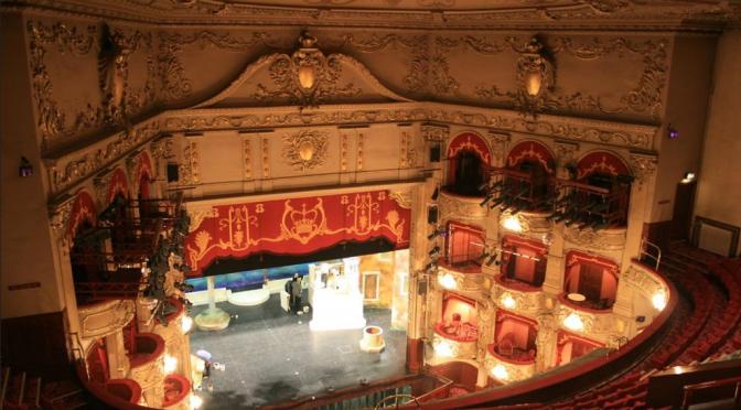 TheatrePhotoPost01-03