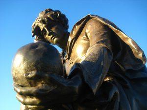 Hamlet Statue
